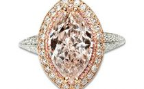 Pink Diamond Ring: al dito un diamante da 180 mila dollari
