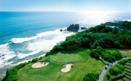 Nirwana Bali Golf Club: green con vista sull'Oceano