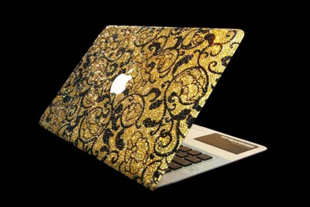 Computer di lusso: il Macbook Air di Apple con oro e Swarovski