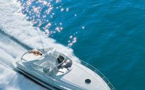 Yacht Pershing in prova a More Than Sea