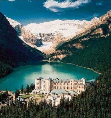 Resort Lusso, The Fairmont Chateau Lake Louise