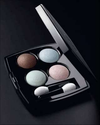 Cosmesi: Promesse limited edition  di Chanel
