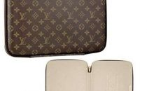 Louis Vuitton: elegante custodia per laptop