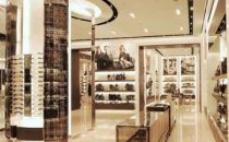 Burberry: nuova boutique lusso a Singapore