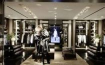 Burberry, nuovo opening a Toronto