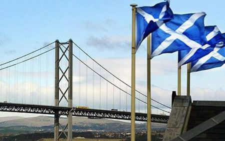 Forth Road Bridge: bus lane più costosa del mondo