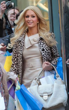 Lotteria: in palio una giornata di shopping con Paris Hilton