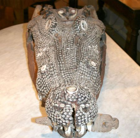 inlaid crocodile head