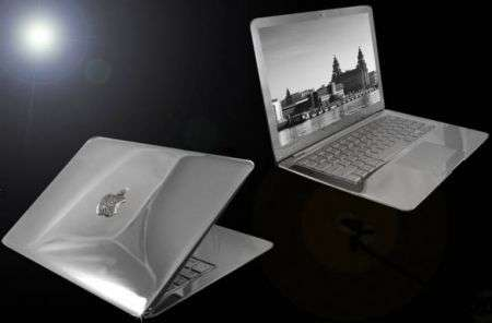 Stuart Hughes: MacBook in platino e diamanti