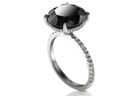 Sex and the City 2: L'anello con diamante nero di Carrie