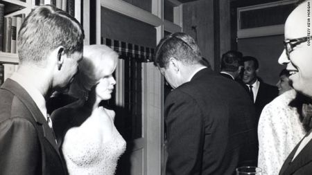 All'asta l'unica foto di Marilyn Monroe con Kennedy