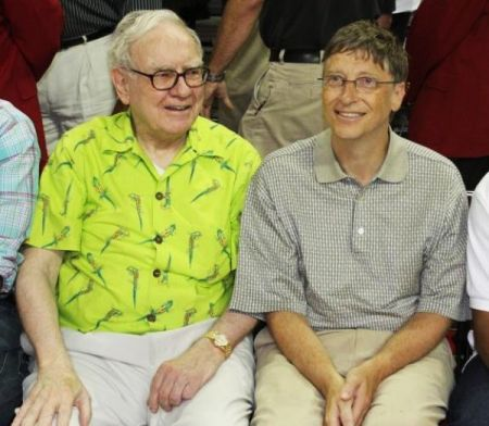 Warren Buffet e Bill Gates: l'appello ai ricchi per beneficenza