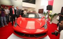 Ferrari apre il suo primo showroom in India