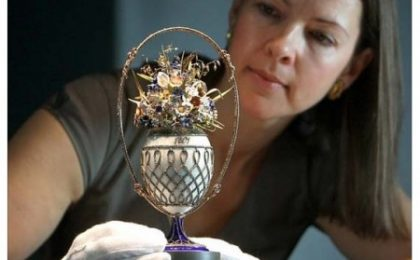 Mosaic Imperial Egg, il capolavoro di Fabergé in mostra a Buckingham Palace