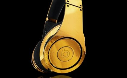 Oro per le cuffie Dr Dre Beats Studio in limited edition by Cristal Rocked