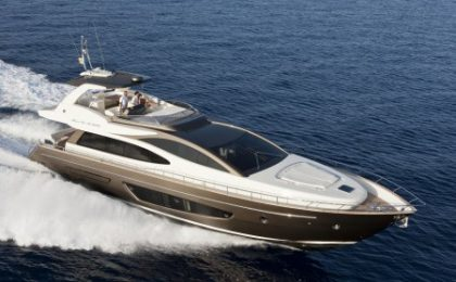 Tre nuovi yacht by Riva al Festival International de la Plaisance di Cannes
