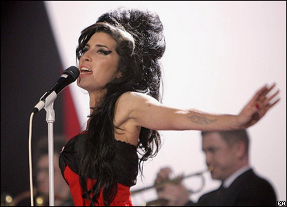 Due milioni di sterline lasciate in eredità dalla star Amy Winehouse