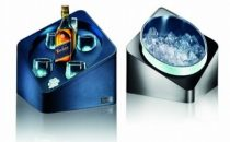 Johnnie Walker e Porsche Design firmano il bar Johnnie Walker Blue Label Collection