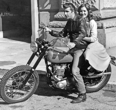 "All'asta la moto Triumph Trophy TR5 Scrambler Custom di Fonzie del telefilm ""Happy Days"""