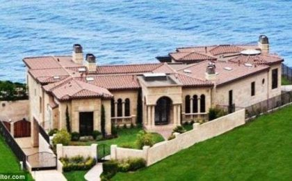 7,12 milioni di dollari per la villa di Donald Trump in California