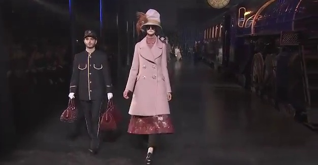 Louis Vuitton collezione autunno-inverno 2012/2013 alla Paris Fashion Week [VIDEO]