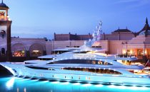Yacht di lusso Diamond Are Forever a noleggio [VIDEO]