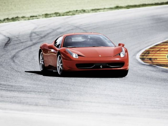 "Ferrari 458 Italia eletta ""Performance car of the year"""