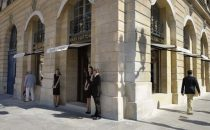 Louis Vuitton apre la sua prima gioielleria in Place Vendôme a Parigi