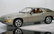 Allasta la Porsche 928S guidata da Tom Cruise nel film Risky Business
