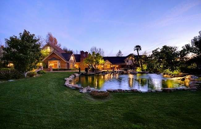 Villa di Britney Spears a Los Angeles, la dimora della star del pop [FOTO]