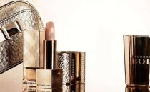 Regali di Natale 2013, make-up e accessori preziosi firmati Burberry [FOTO]