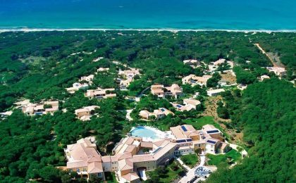 Golf resort in Sardegna, il fascino dell'Is Arenas tra verde e lusso [FOTO]