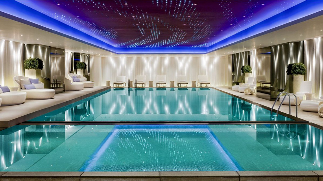 most luxury pool