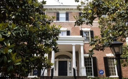 La casa di Jackie Kennedy a Washington è in vendita per 10 milioni di dollari [FOTO]
