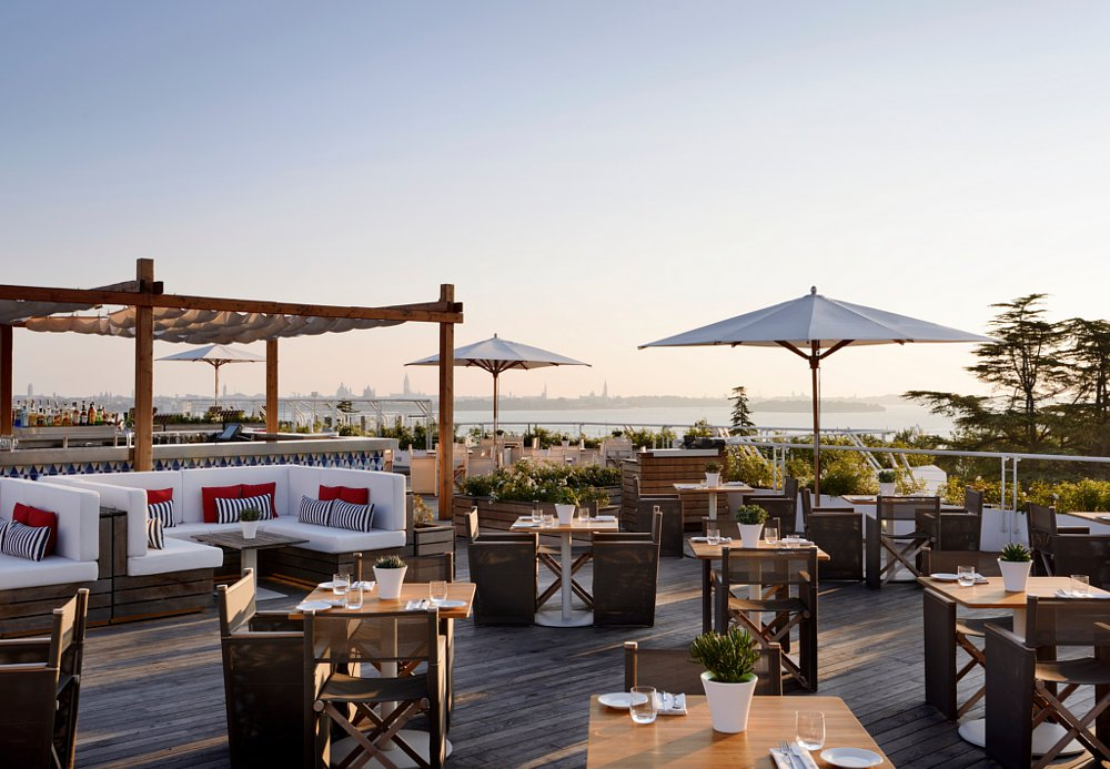 Sagra – Poolside Bar, JW Marriott Venice Resort & Spa