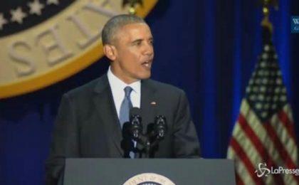 L'ultimo discorso di Obama tra lacrime e sorrisi