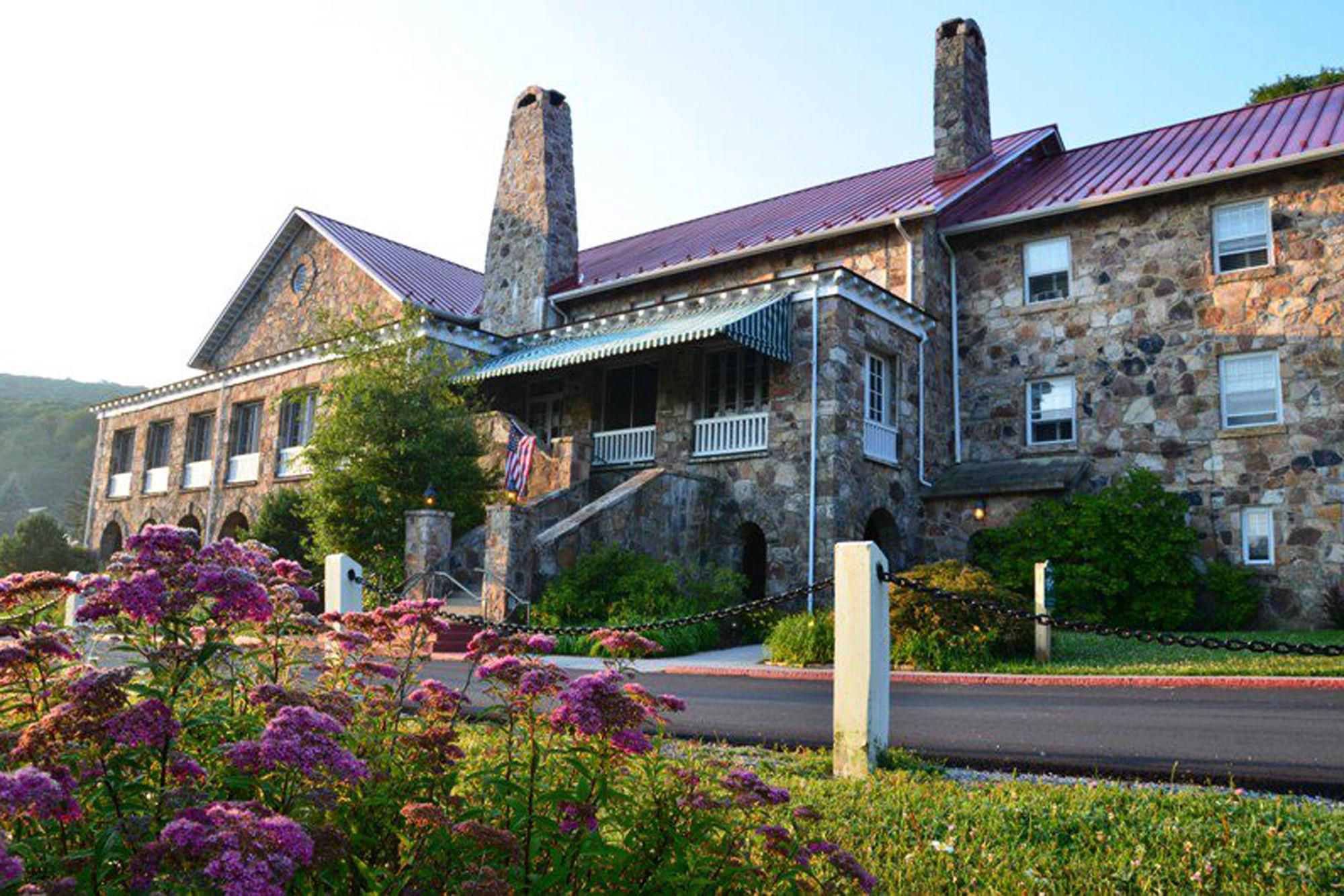 Mountain Lake Lodge a Pembroke