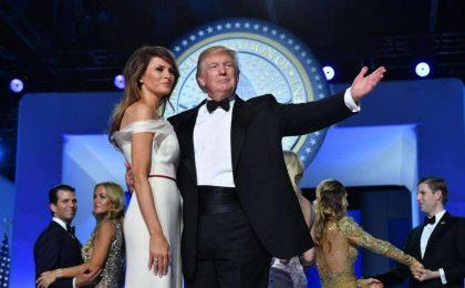 L'insediamento di Trump alla Casa Bianca: i look di Melania, Ivanka e non solo [FOTO]