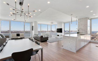 L'appartamento di New York con yacht e Rolls Royce Phantom comprese nel prezzo