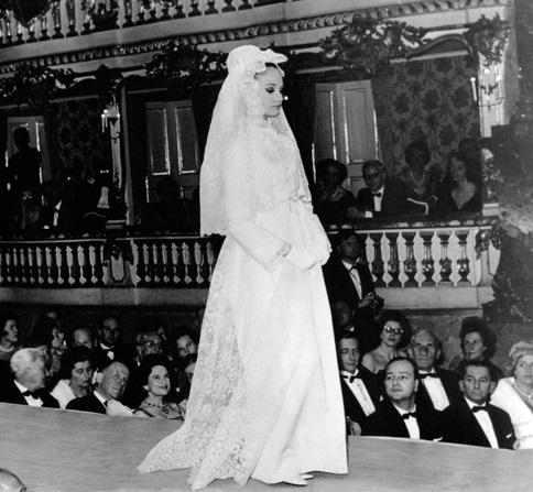 Abito da sposa Dior dalla collezione 1954