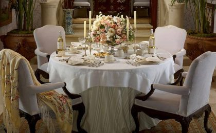 Galateo a tavola: le regole del bon ton per non sbagliare