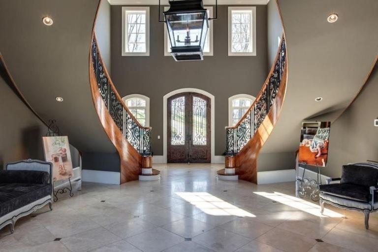 Kelly Clarkson vende sua casa a Hendersonville (1)