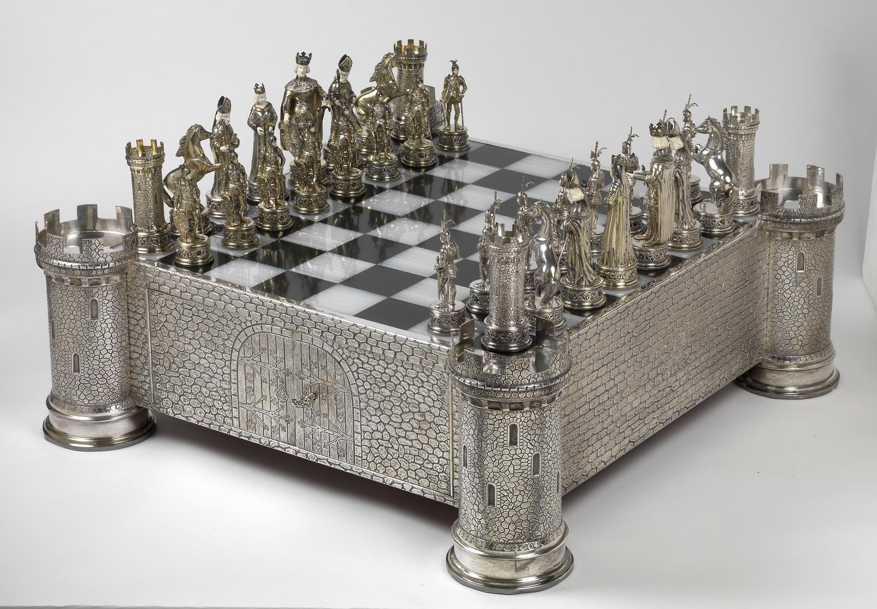 Royal Diamond Charles Hollander
