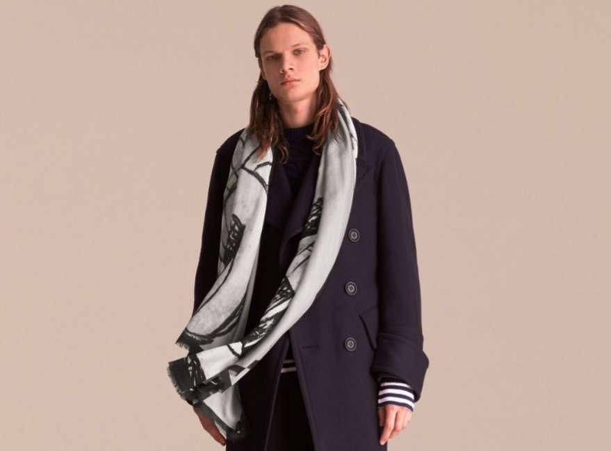 Foulard e sciarpe uomo, da Armani a Gucci i modelli per la primavera 2017 [FOTO]