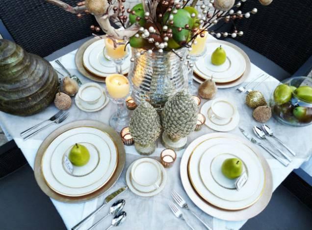 tavola elegante frutta