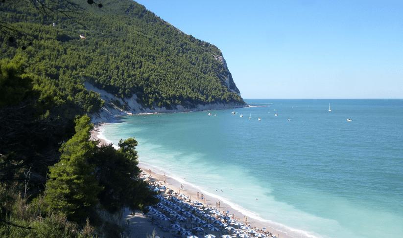 Spiaggia San Michele Sirolo spiagge più belle d'italia