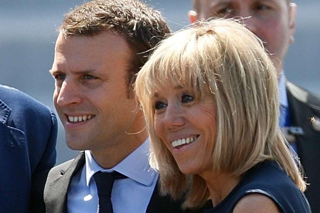 Brigitte Trogneux accanto al marito