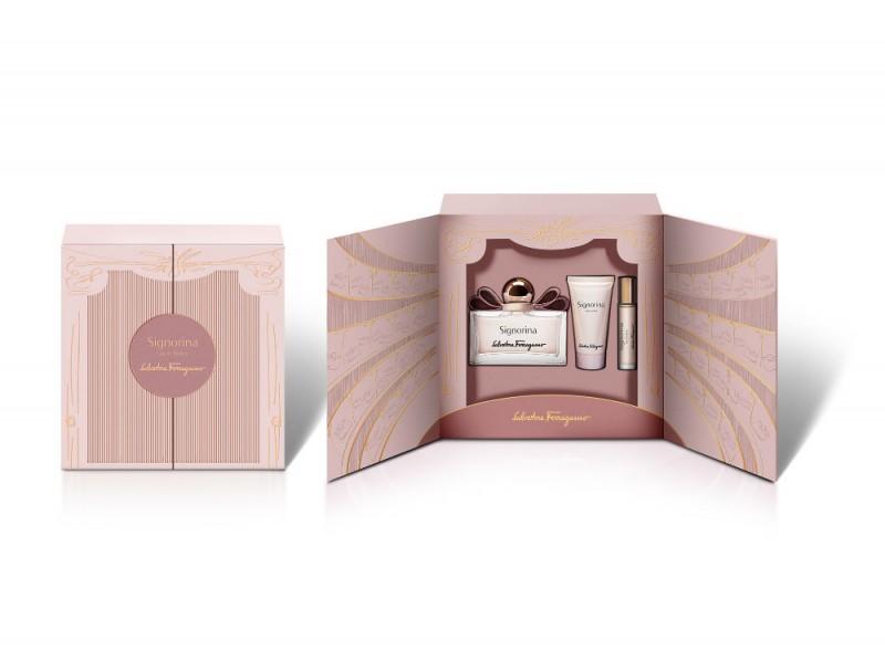Il coffret Signorina di Salvatore Ferragamo è composto dall'Eau de Parfum, dall'idratante crema corpo e da un piccolo e delicato profumo da portare sempre con sé