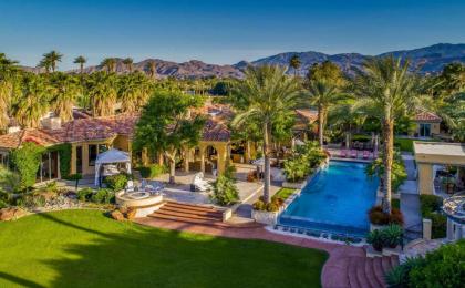 La splendida villa in cui ha soggiornato Lady Gaga a Coachella