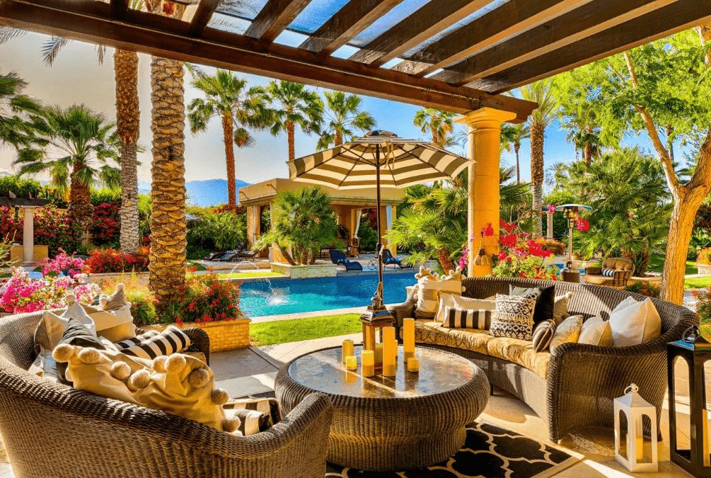 La splendida villa in cui ha soggiornato Lady Gaga a Coachella (9)